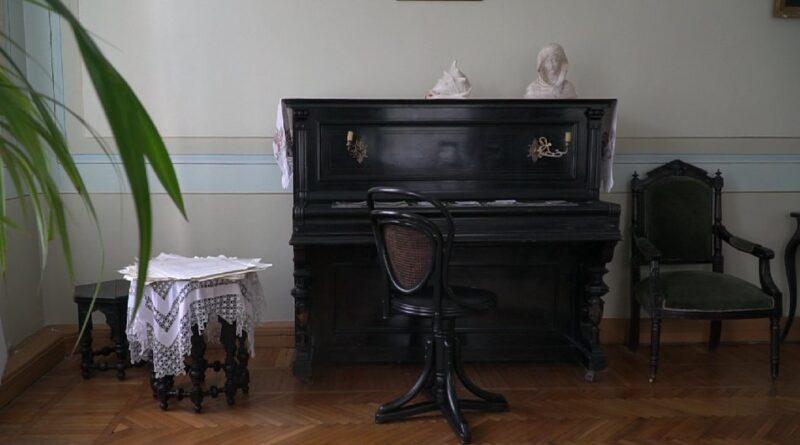 музей-садиба Яворницького