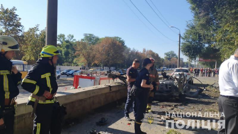 взрыв авто_Днепр