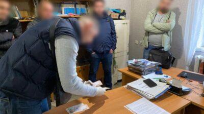 На Днепропетровщине руководитель госпредприятия задержан на взятке