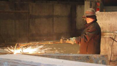 Метінвест з 1 жовтня підвищив зарплати співробітникам металургійного підрозділу Дніпровського коксохіму